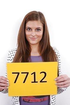 Czech Casting: Magdalena (7712)