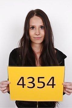 Czech Casting: Linda (4354)