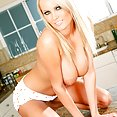 Hanna Hilton naked in kitchen - image