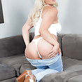 Brazzers: Kylie Page sex - image