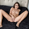 Adria Rae spreads her pink pussy - image