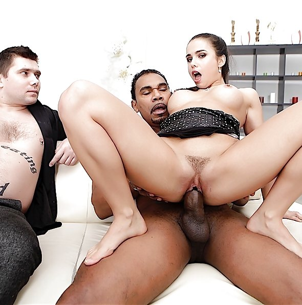 Do The Wife: Mira Cuckold interracial