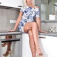 Anilos: 58yo Roxana Hanova nude in kitchen - image