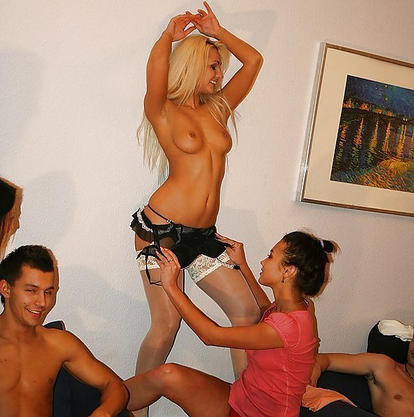 College Fuck Parties: Margo, Mercedes, Nicole, Twiggy, Key & Jocelyn